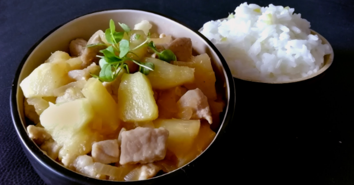 Healthy sweet and sour pork with ginger rice