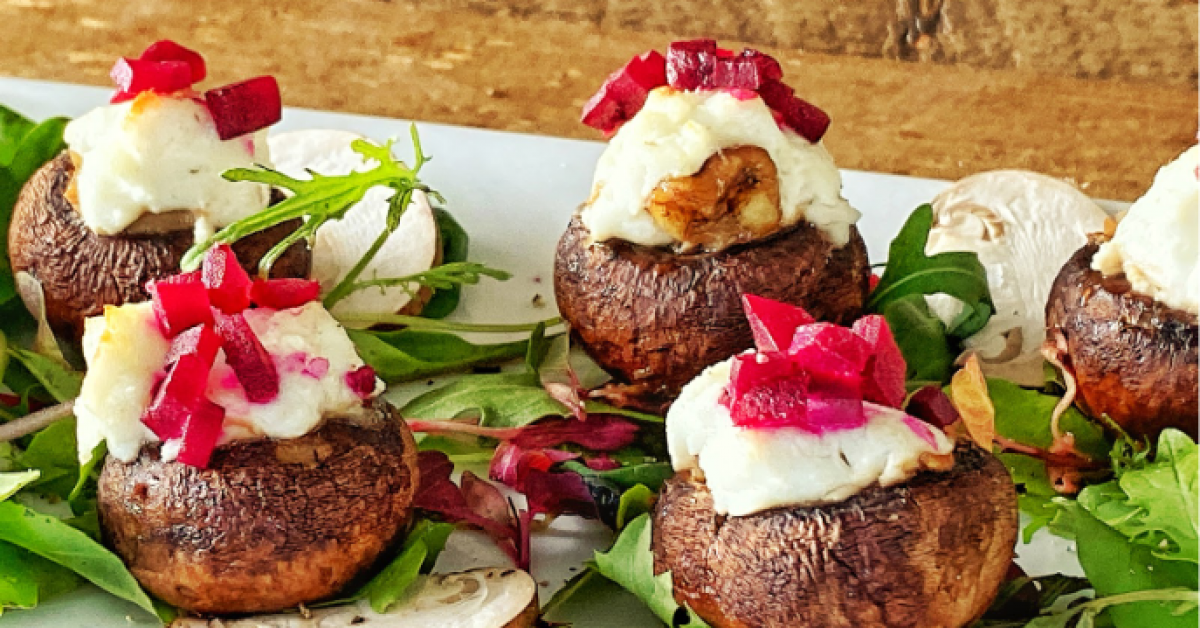 15 Minute Gourmet –  Mushrooms with goats cheese and beetroot