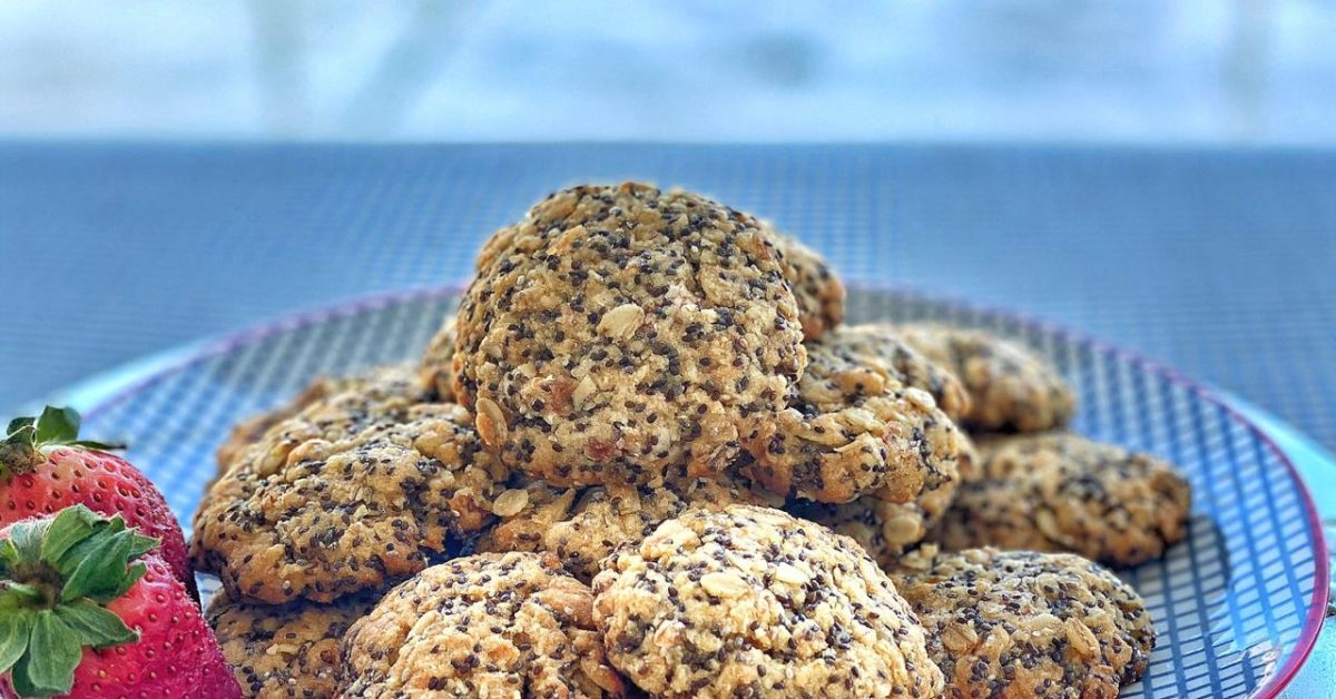 Chia seed, apricot & coconut biscuits